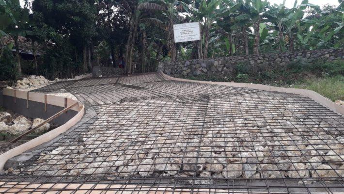 Jalan Masuk Rumah Yatim Kahuripan Bogor